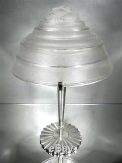 1930 Vlieghe Grande Lampe En Bronze Nickelé Et Verre Soufflé-moulé Art Déco