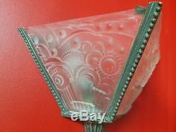 2 Appliques art deco en verre moule et bronze leleu paire d applique 4 plaques