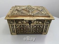Ancien grand coffret boite à bijoux en bronze Art deco Belge