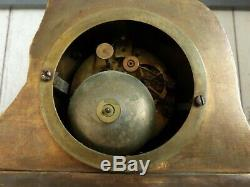 Ancienne Pendule En Bronze Fileuse Au Rouet