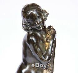 Bronze art deco signé J Descomps
