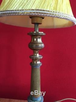C883 Paire De Lampes En Bronze Pied Tripode Paralume Silk