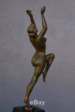 Danseuse nue bronze patine verte par Calot Époque 1930 Art déco
