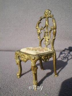 Demi figurine SITZENDORF art deco chaise en bronze half doll porcelain sculpture