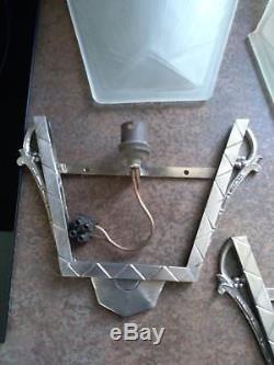Des Hanots paire d'appliques art déco verre moule bronze/laiton Muller Robert