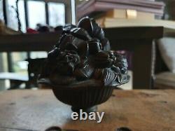 Exceptionnelle boule d'escalier ancienne art déco en bronze