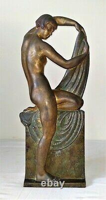 Femme Art Deco. Bronze Chiselé. Signé R. Abel Philippe. France. Vers 1930