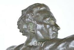 Fred C. Focht'en vol' allégorie, bronze signé, Art Déco