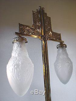 GRANDE LAMPE DOUBLE ART DECO EN BRONZE ET TULIPES DELATTE NANCY