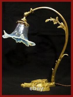 LAMPE COL DE CYGNE BRONZE DORÉ VERRERIE BLEU OPALESCENT ART DÉCO antique lamp