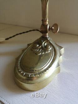 Lampe Art Deco / Art Nouveau En Bronze. Tulipe En Pate De Verre Signee Muller