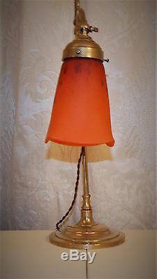 Lampe Art Deco / Art Nouveau. Tulipe Signee Schneider. Periode 1924 1933