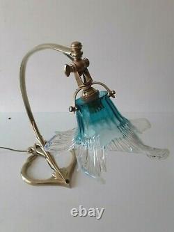Lampe art déco bronze pied en forme de cur vers 1920-30
