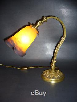 Lampe de bureau en bronze doré art nouveau /déco, signée Degué