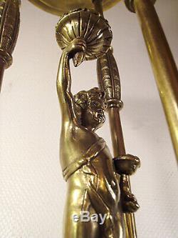 Lustre Muller Frères art déco en bronze et tulipes en verre pressé 1925