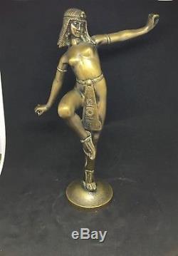 MASCOTTE AUTOMOBILE EGYPTIENNE signée ALONZO Grand modele Bronze art deco