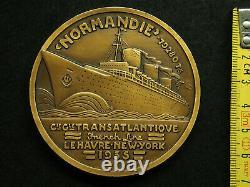 MEDAILLE BRONZE ART DECO 68mm JEAN VERNON LE NORMANDIE 1935 HAVRE NEW YORK