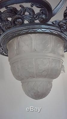 Mouynet Gilles des Hanots lustre art deco verre moulé tulipes bronze Muller