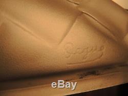 Paire d' Appliques Art Deco verre moulé blanc signe Degué monture en bronze
