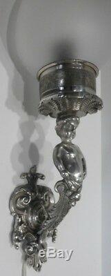 Paire de Belles APPLIQUES en Bronze argenté Décor Putti
