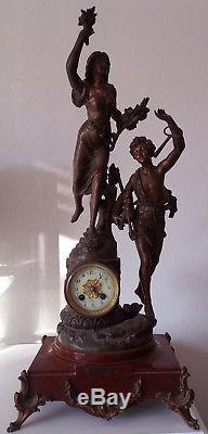 Pendule 1930 Emile Bruchon signée socle en marbre. Elle sonne tourne. Remontoir