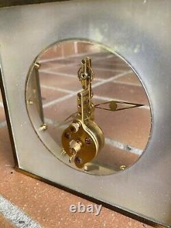 Pendule Ancienne Jaeger Lecoultre Bronze Et Plexi