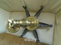 SUPERBE LUSTREBRONZEART DECO. 1920.30.6 LAMPES. 6,120 kg