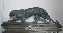 Sculpture Panthère, Lionne ART DÉCO signé R. POLLIN terre cuite patinée bronze