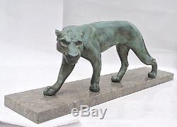 Sculpture régule Art Déco Signée Maurice FONT. Lionne, panthère. Patine bronze