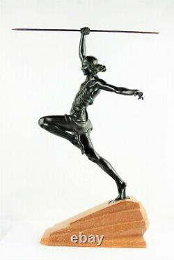 Statue Amazone au javelot de Pierre Le Faguay, Fayral 1930 Bronze Art-déco