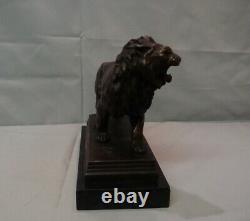 Statue Lion Style Art Deco Style Art Nouveau Bronze massif Signe