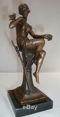Statue Oiseau Nue Style Art Deco Style Art Nouveau Bronze massif Signe