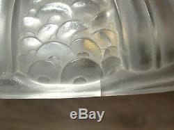 Superbe lampe de chevet ou de bureau Art Déco formant vide poche bronze nickelé