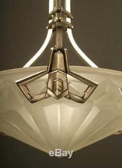 Suspension Art Deco En Bronze Et Laiton Vieil Argent, Vasque Verre Moulé-pressé